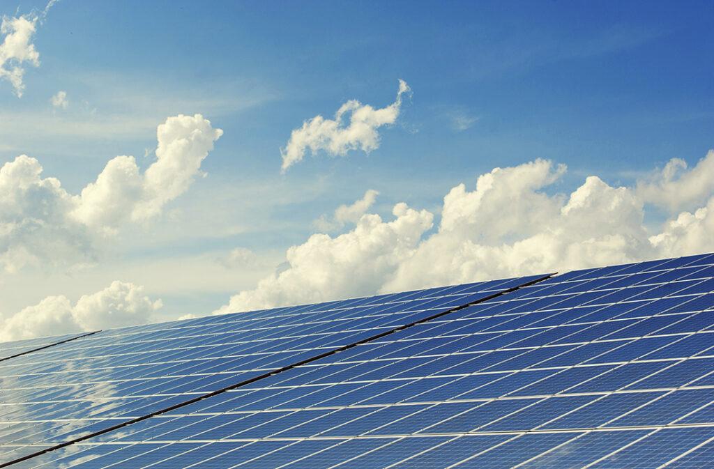 Financiación para sistemas de energía renovable - Casa de Crédito