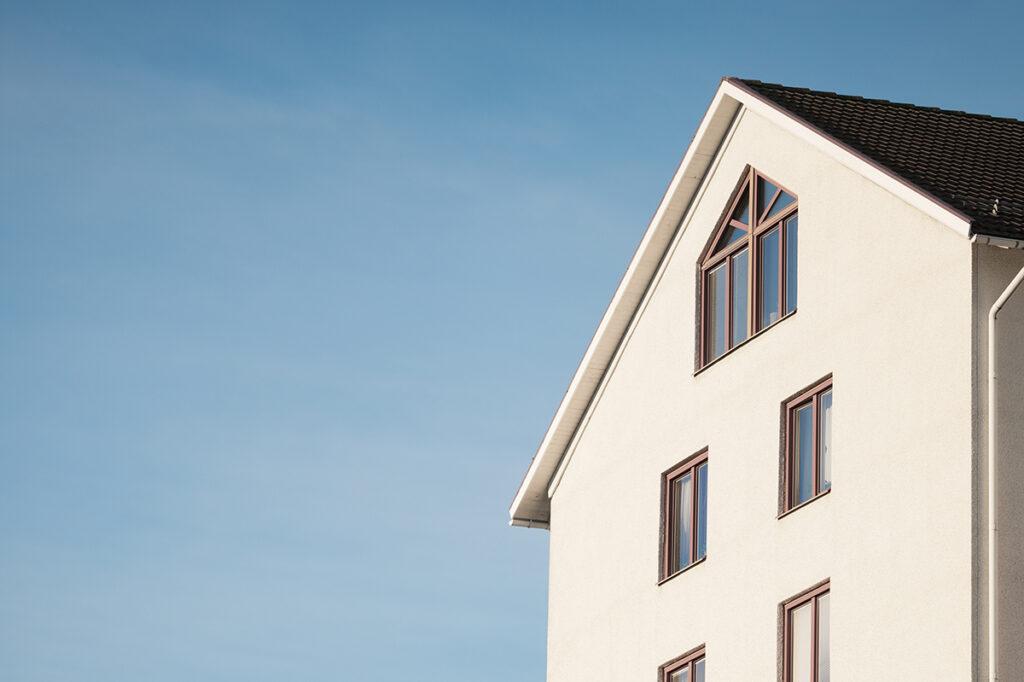 Préstamo con aval hipotecario - Casa de Crédito